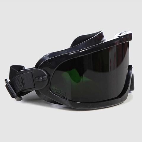 Очки для сварки полуавтоматом и для защиты глаз при работе ручным способом