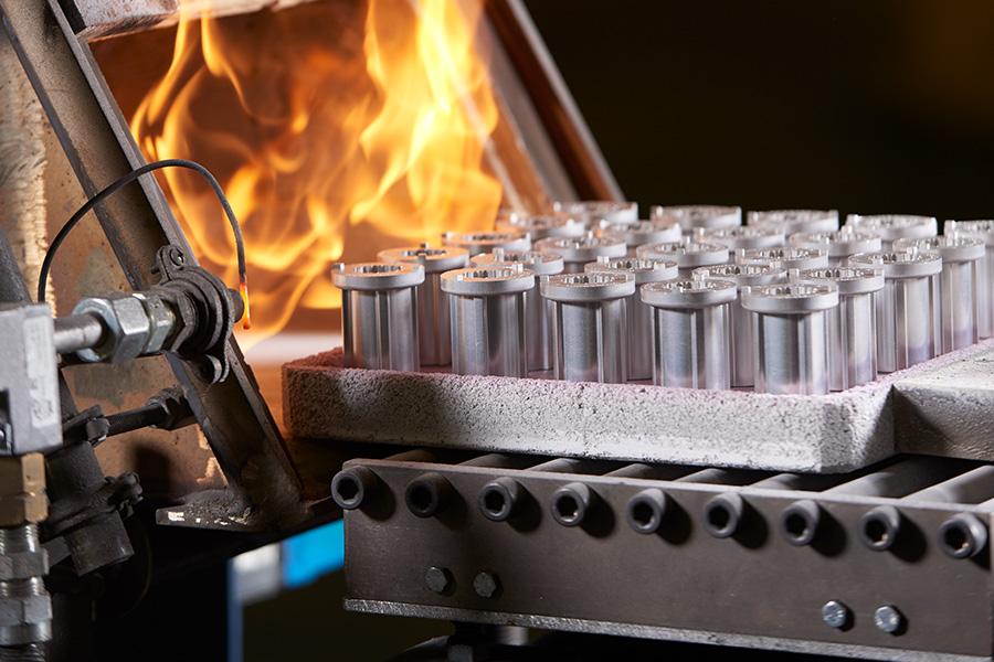 Технология изготовления изделий из порошков (порошковая металлургия). пластики и керамика