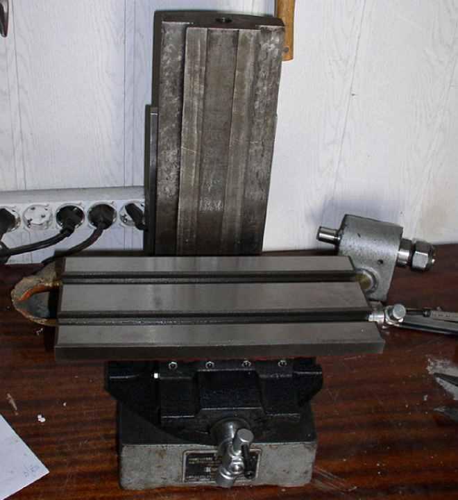Координатный стол для сверлильного станка своими руками - поясняем по пунктам