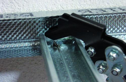Саморезы для профиля: какими крепить гипсокартон и прикручивать алюминиевый профиль? размеры и шаг крепления