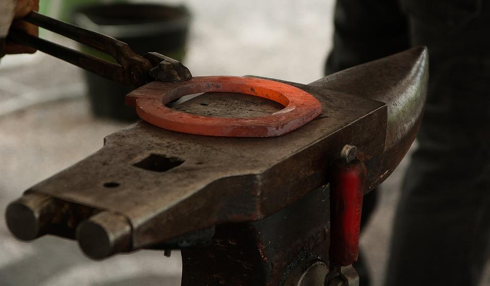 Открываем кузнечный цех с ручным оборудованием для художественной ковки