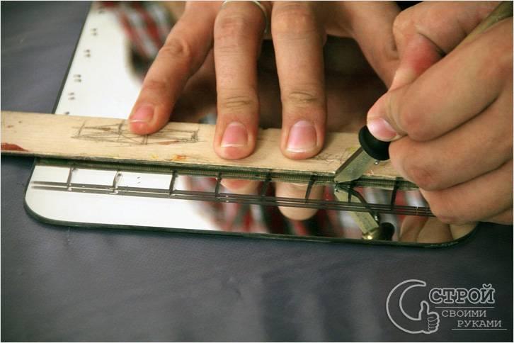 Как резать стекло стеклорезом в домашних условиях