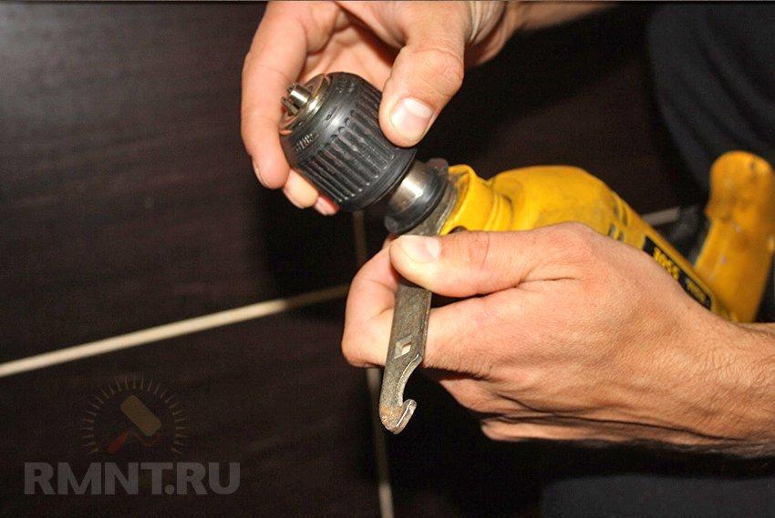 Как правильно снять патрон с шуруповерта