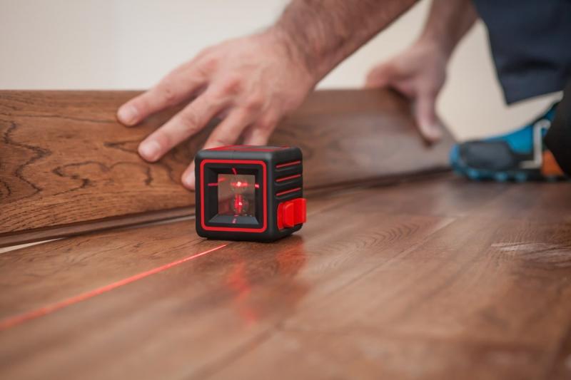 Как правильно пользоваться лазерным уровнем – нюансы проводимых операций