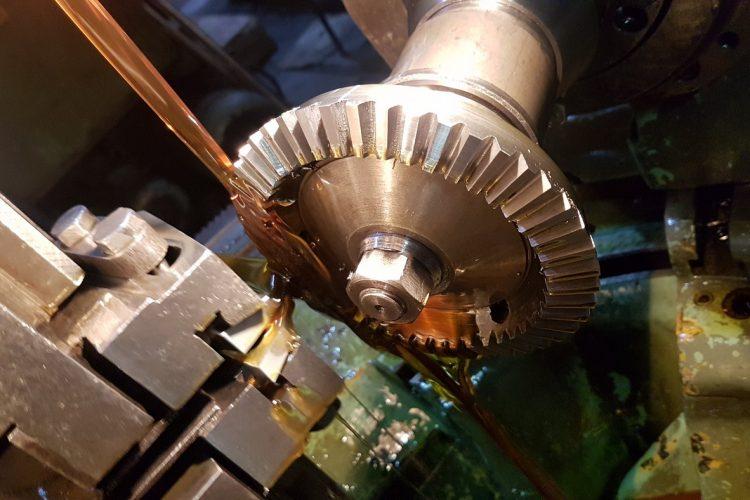 Технология изготовления вала-шестерни . тип работы. экономика отраслей. 2008-12-09