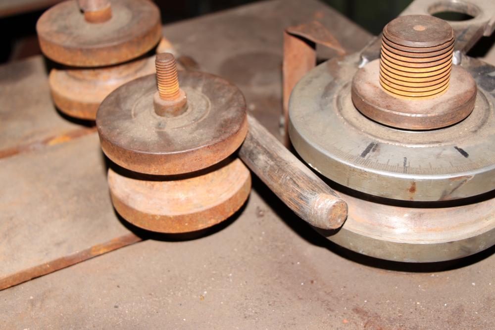 Трубогиб своими руками: пошаговая инструкция постройки простых изделий и конструкций (100 фото)