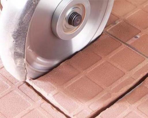 Как болгаркой резать плитку? резка алмазным кругом без сколов, каким диском резать керамическую и кафельную плитку