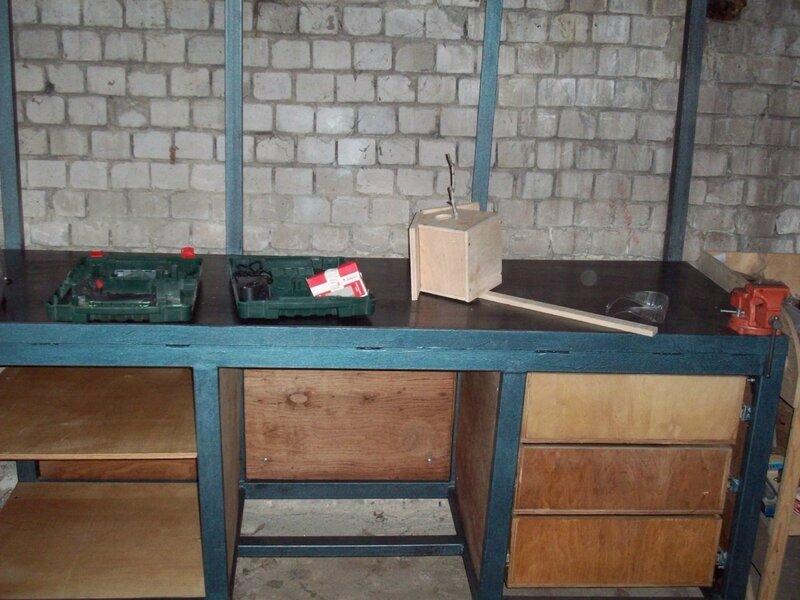 Верстак в гараж своими руками: выбор между деревом и металлом – советы по ремонту