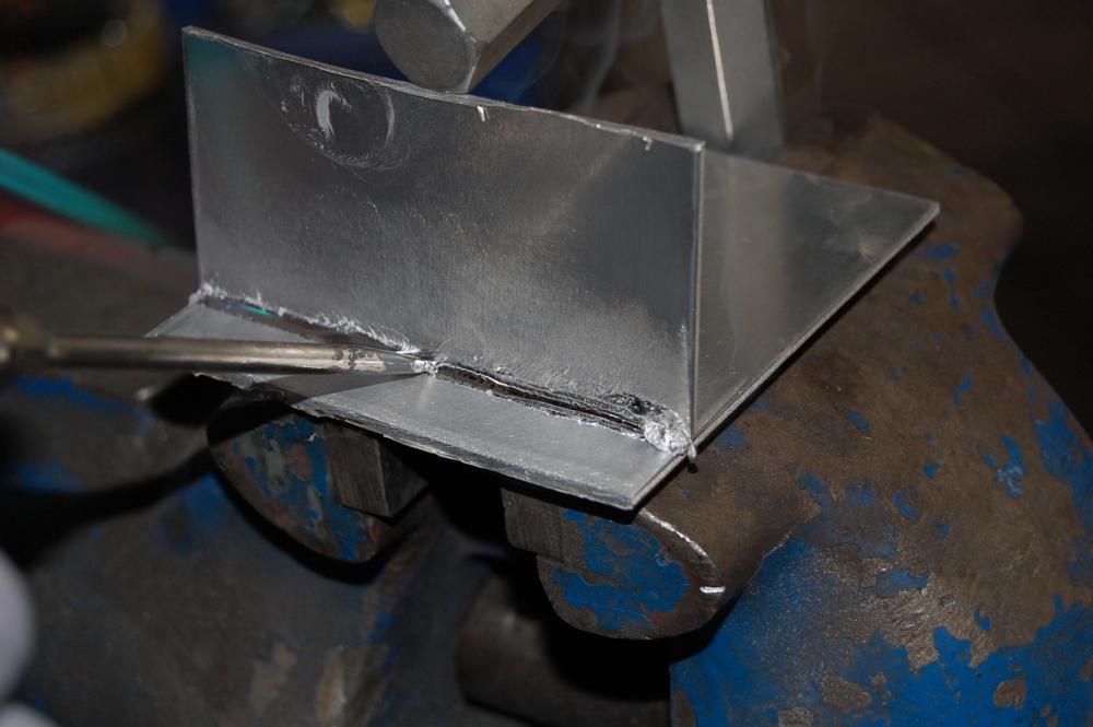 Пайка алюминия в домашних условиях паяльником и газовой горелкой: припой и флюс