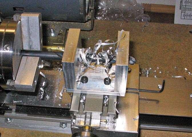 Приемы растачивания сквозных и глухих отверстий - растачивание цилиндрических отверстий на токарном станке - комплексные работы