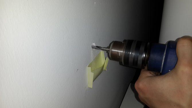 Как сверлить бетонную стену дрелью