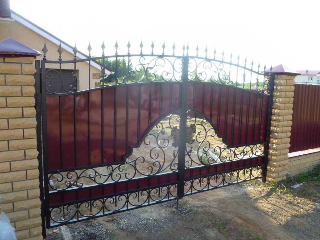 Кованые ворота своими руками: чертежи, фото, схемы