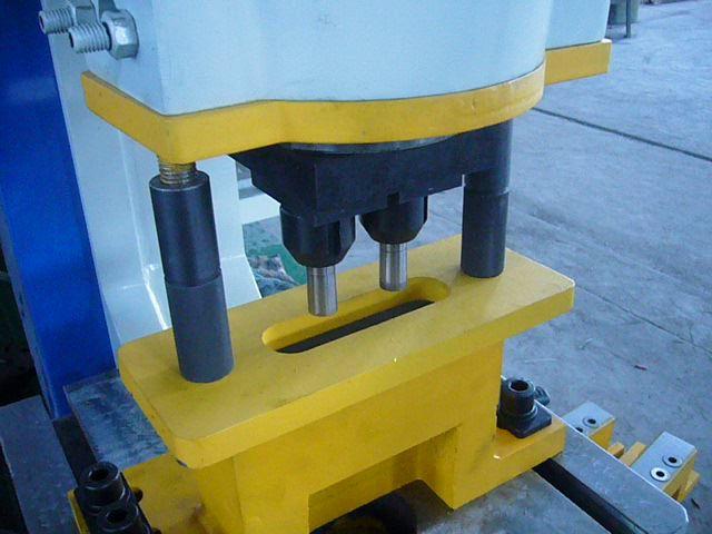 Ручные гидравлические пресса для пробивки отверстий в стальном листе