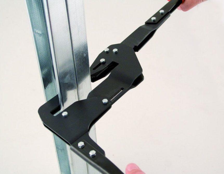 Просекатель для металлического профиля под гипсокартон. саморезы не нужны!   проинструмент