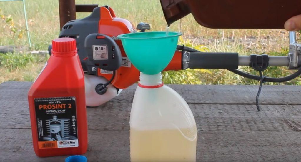 Секреты правильного приготовления топлива в бензопилу | бензопилка