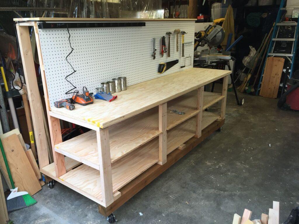 Деревянный верстак в гараж своими руками
