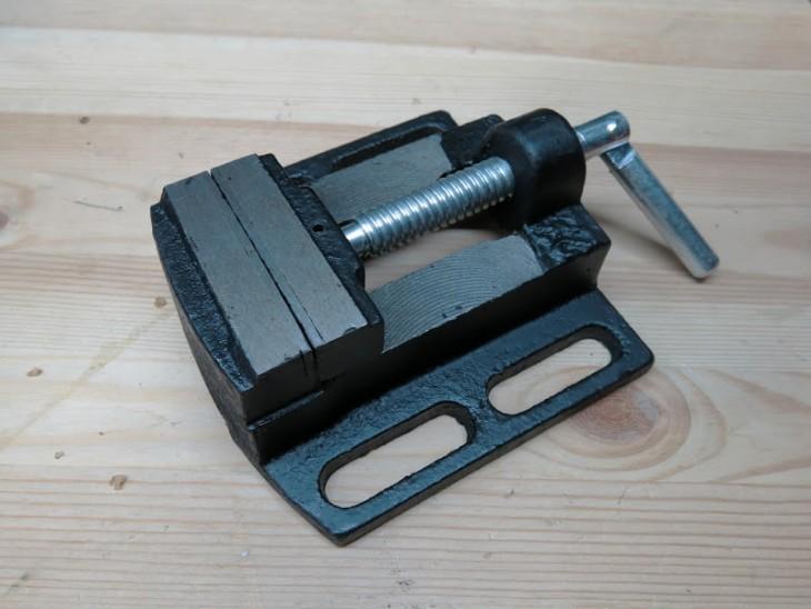 Изготовление самодельных тисков или как сделать зажимной инструмент в домашних условиях – мои инструменты