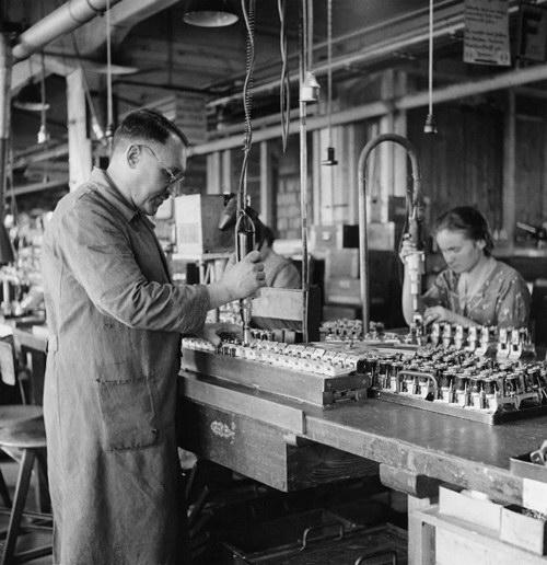 Об истории и инструментах компании bosch (бош)