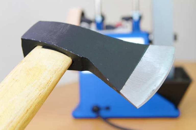 Каким углом затачивают топоры мясника. как правильно заточить топор своими руками — пошаговая инструкция.