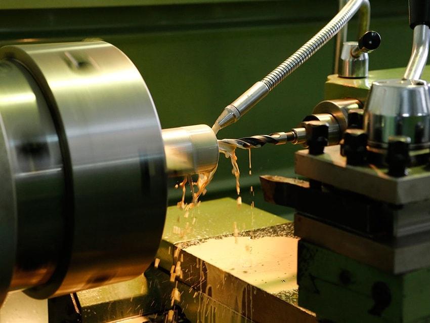 Токарные работы по металлу на заказ :: высокоточная токарно фрезерная обработка деталей и металла по чертежам - техносила | москва и московская область