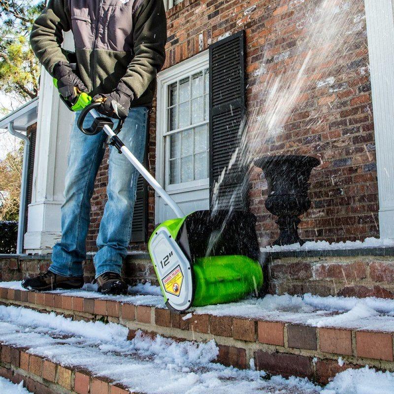 Электролопата для уборки снега: сравнение моделей