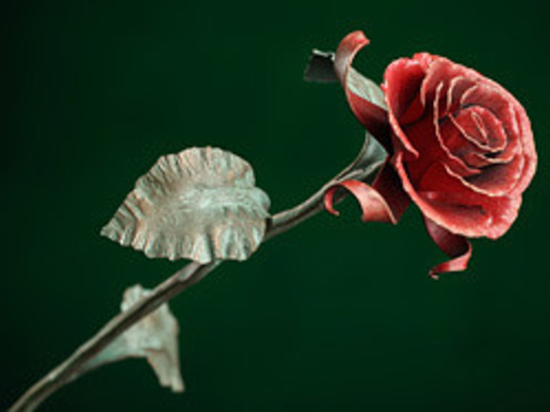 Куем розу своими руками