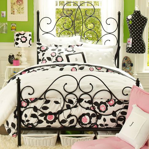 Кованые кровати (65 фото): с мягким изголовьем, двуспальные и одноместные, малазийские варианты в интерьере спальни, отзывы