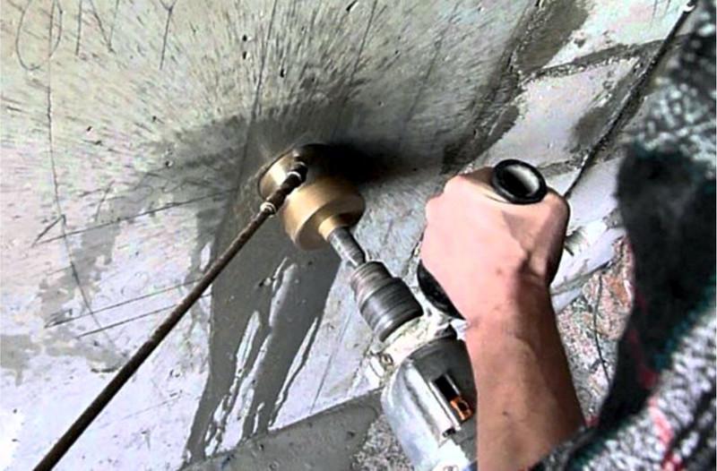 Сверление отверстий в бетоне – от подготовки к работе до финишной отделки