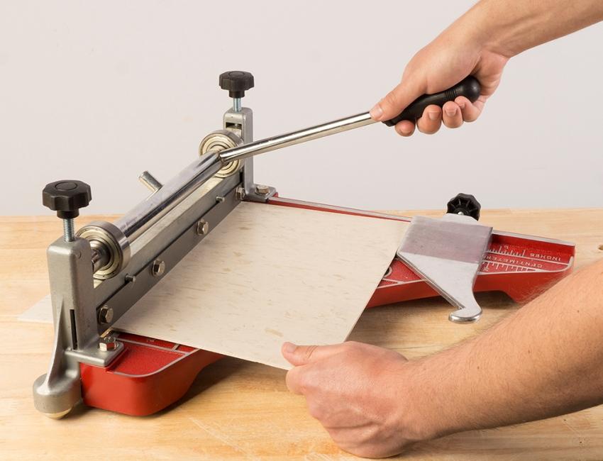 Плиткорез своими руками: изготовление электрического и механического устройства. cамодельный плиткорез