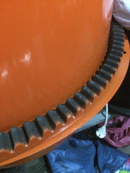 Венцы для бетономешалки: полиамидный, стальной, зубчатый, чугунный и другие. какой венец лучше?
