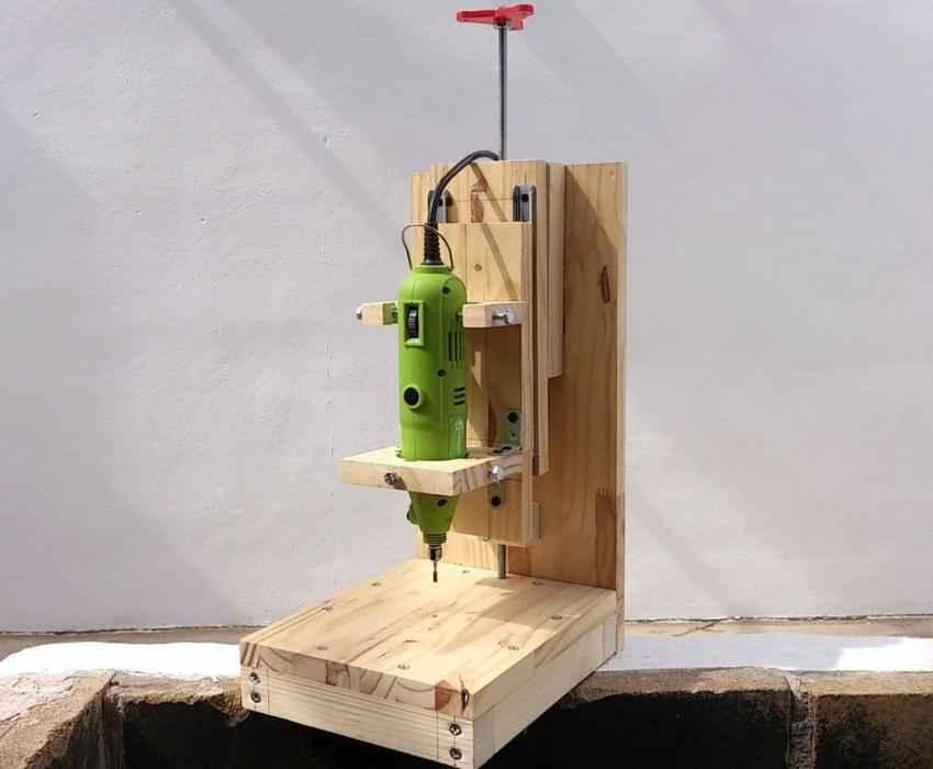 Самодельный фрезерный станок по металлу и по дереву с чпу своими руками