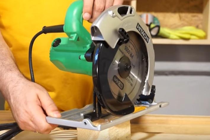 Циркулярная дисковая ручная пила: топ-10 лучших моделей и их характеристики, как выбрать электрический прибор по дереву