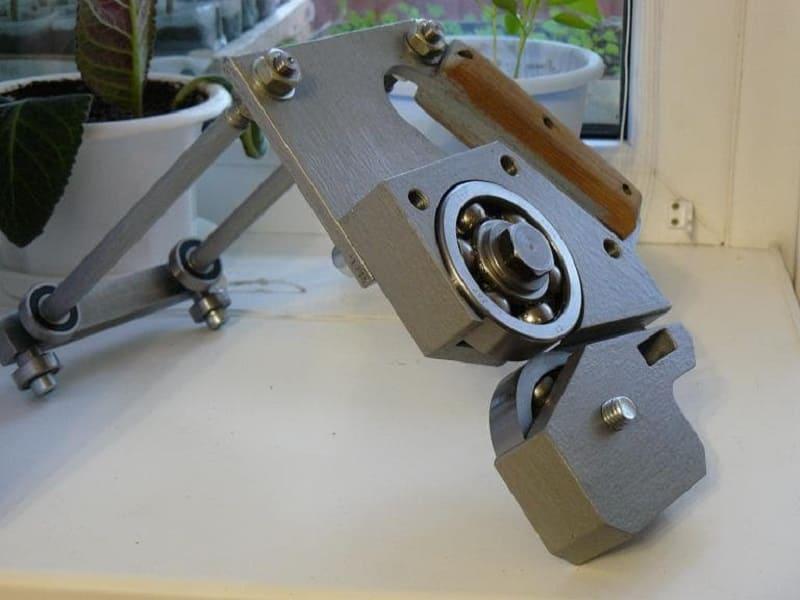 Роликовый нож для листового металла своими руками, технология