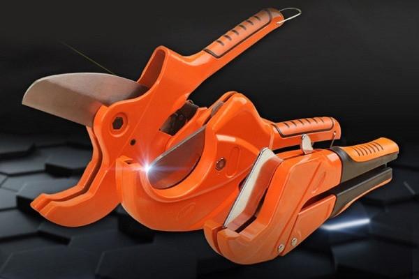 Труборез для пластиковых труб: как выбрать лучшую модель + инструктаж по работе