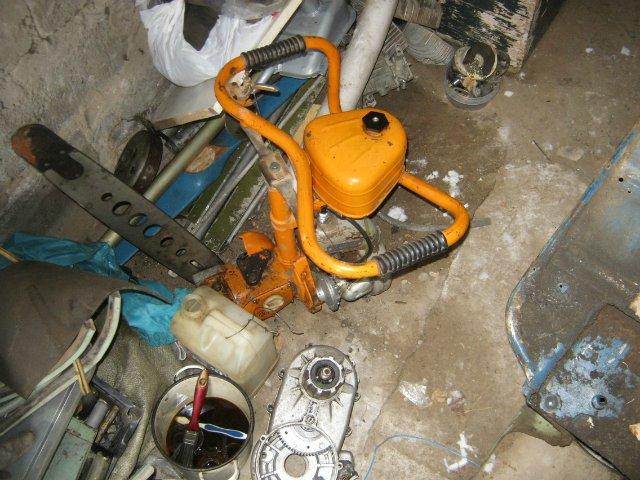 Обзор причин, по которым может глохнуть бензопила и способов устранения проблемы, а также советы по профилактике и обслуживанию инструмента