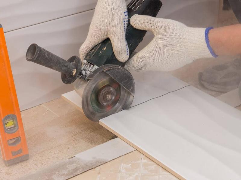 Как правильно пользоваться ручным самодельным плиткорезом