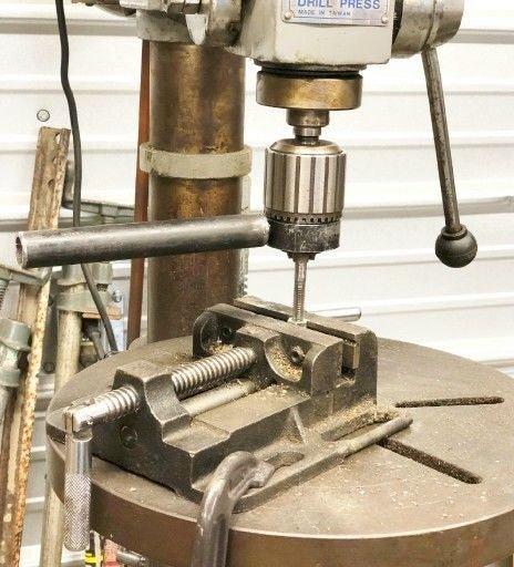 Нарезание внутренней резьбы метчиком: технология, инструмент, диаметр отверстия
