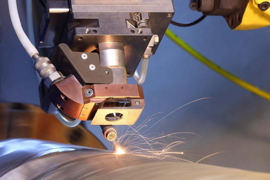Технология лазерной сварки волоконными лазерами соединяет сложные металлы - лазерный мир