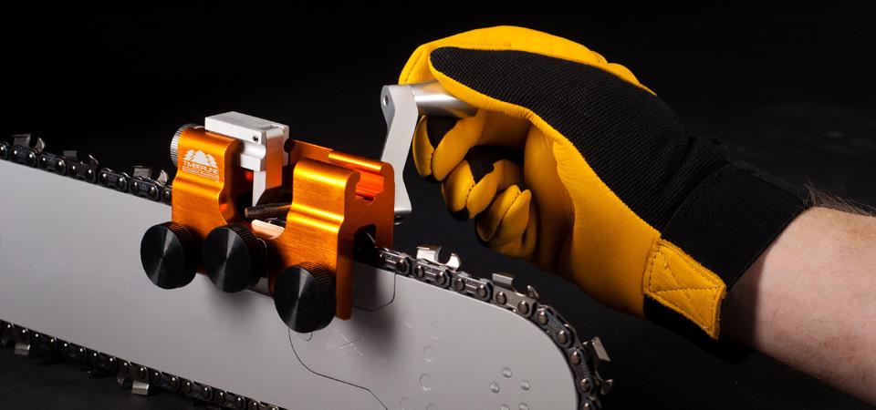 Чудеса механизации: особенности выбора заточных станков для цепей бензопил
