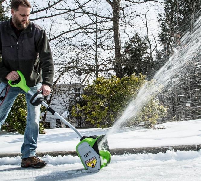 Электролопата для уборки снега. экзотический гаджет или полезный инструмент?   проинструмент