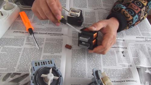 Статьи » можно ли размагнитить банковскую карту магнитом?