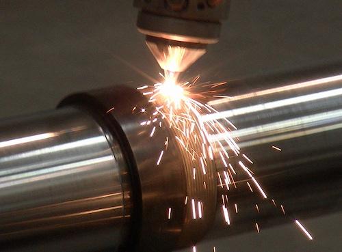 Формирование напыления и металлизация и их покрытия