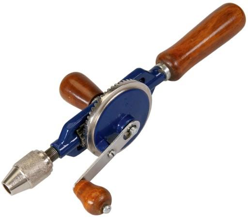 Коловорот, ручная дрель — в каких случаях следует применять?