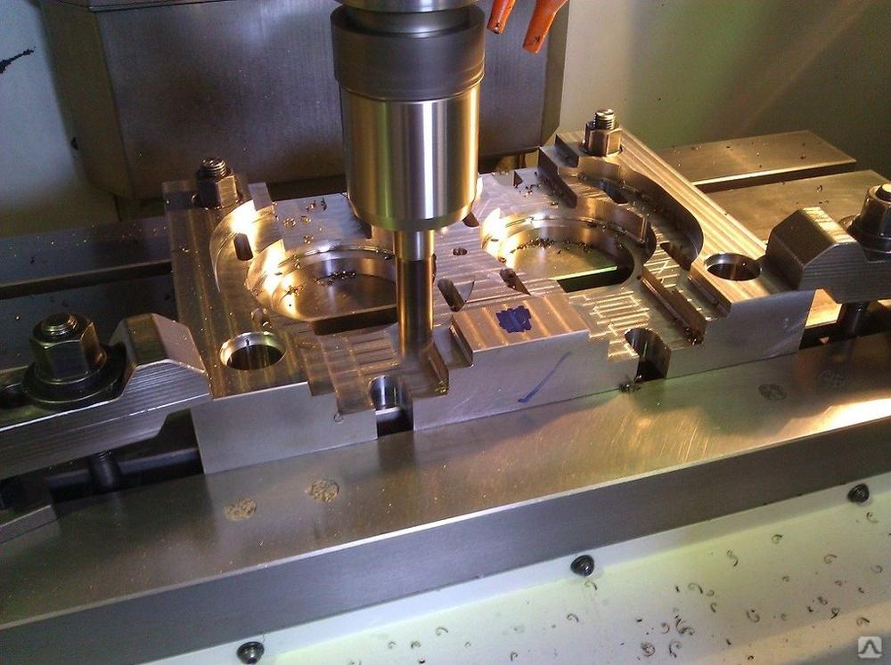 Инструменты для фрезерования: какие применяют для фрезерования пазов и металла? какое вспомогательное оборудование используется?