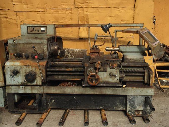 Особенности технического обслуживания токарно-винторезного станка