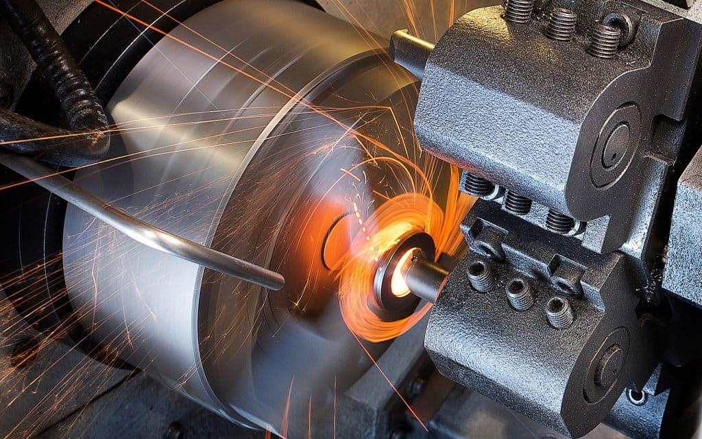 Токарная обработка металла и деталей [скорость, режимы]