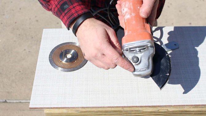 Как и чем резать плитку керамическую и керамогранит в домашних условиях?