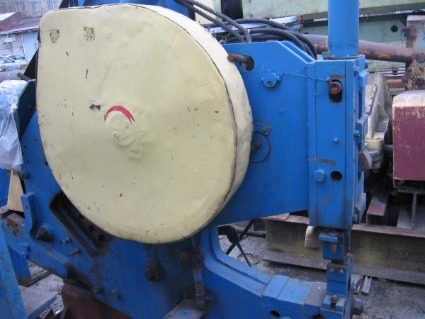 Механический кривошипный пресс. одностоечный листоштамповочный пресс открытого типа. схема устройства механического двухстоечного пресса с наклоняемой станиной типа кд2126. кривошипно-шатунный механиз
