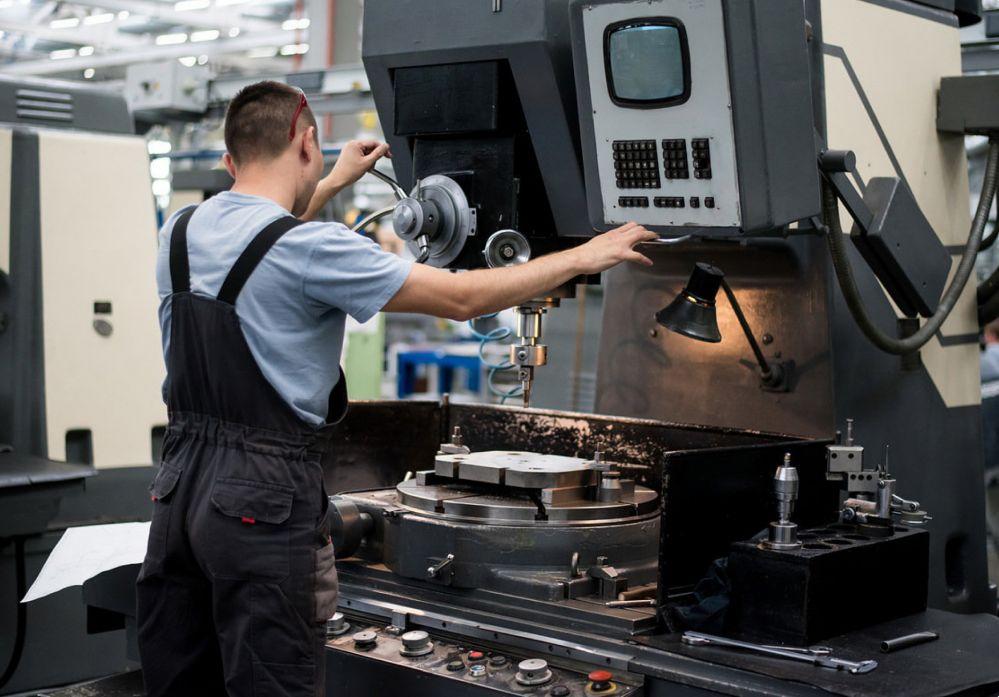 Техническое обслуживание токарных станков