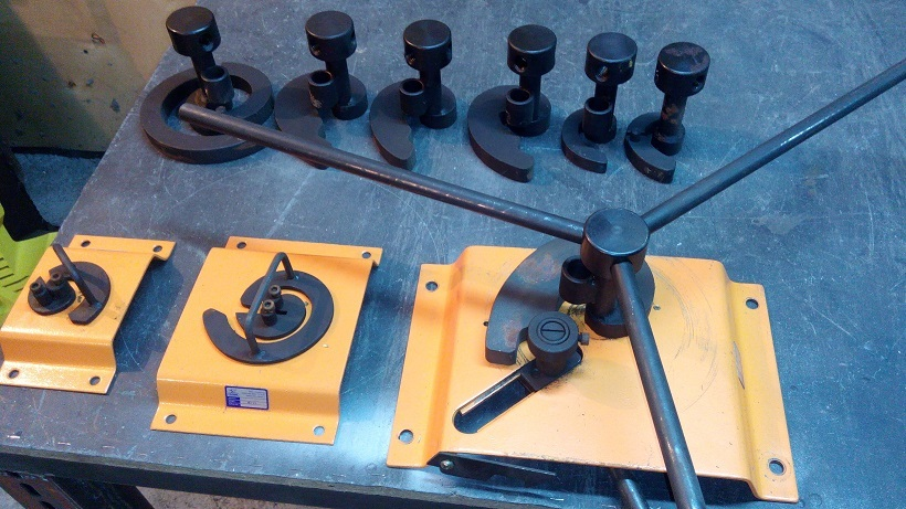 Станки для холодной ковки blacksmith